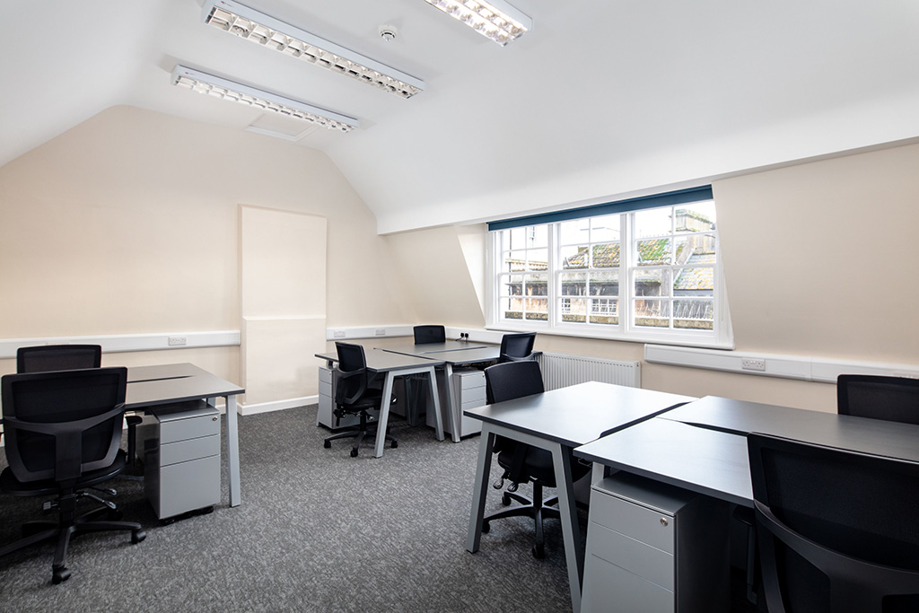 rsz_9_office_space_3